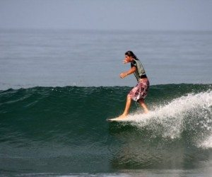 montanita surf backpacker ecuador