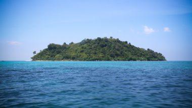 backpacker bamboo island phi phi
