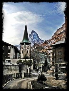 zermatt matterhorn skiing switzerland