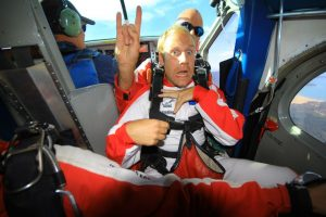 backpacker skydive new zealand