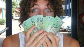 backpacker budget cash australia month travel gap year