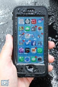 lifeproof iphone 5S ipad nuud case review (4 of 8)