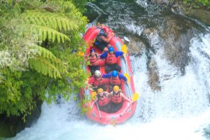 white water rafting wet n wild rotorua kiwi experience new zealand (3 of 11)