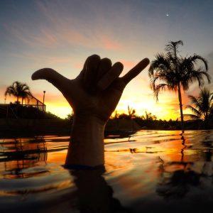 sunset shakka airlie beach whitsundays backpacker travel australia