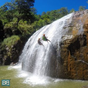 vietnam backpacker travel mini guide gap year (3 of 7)