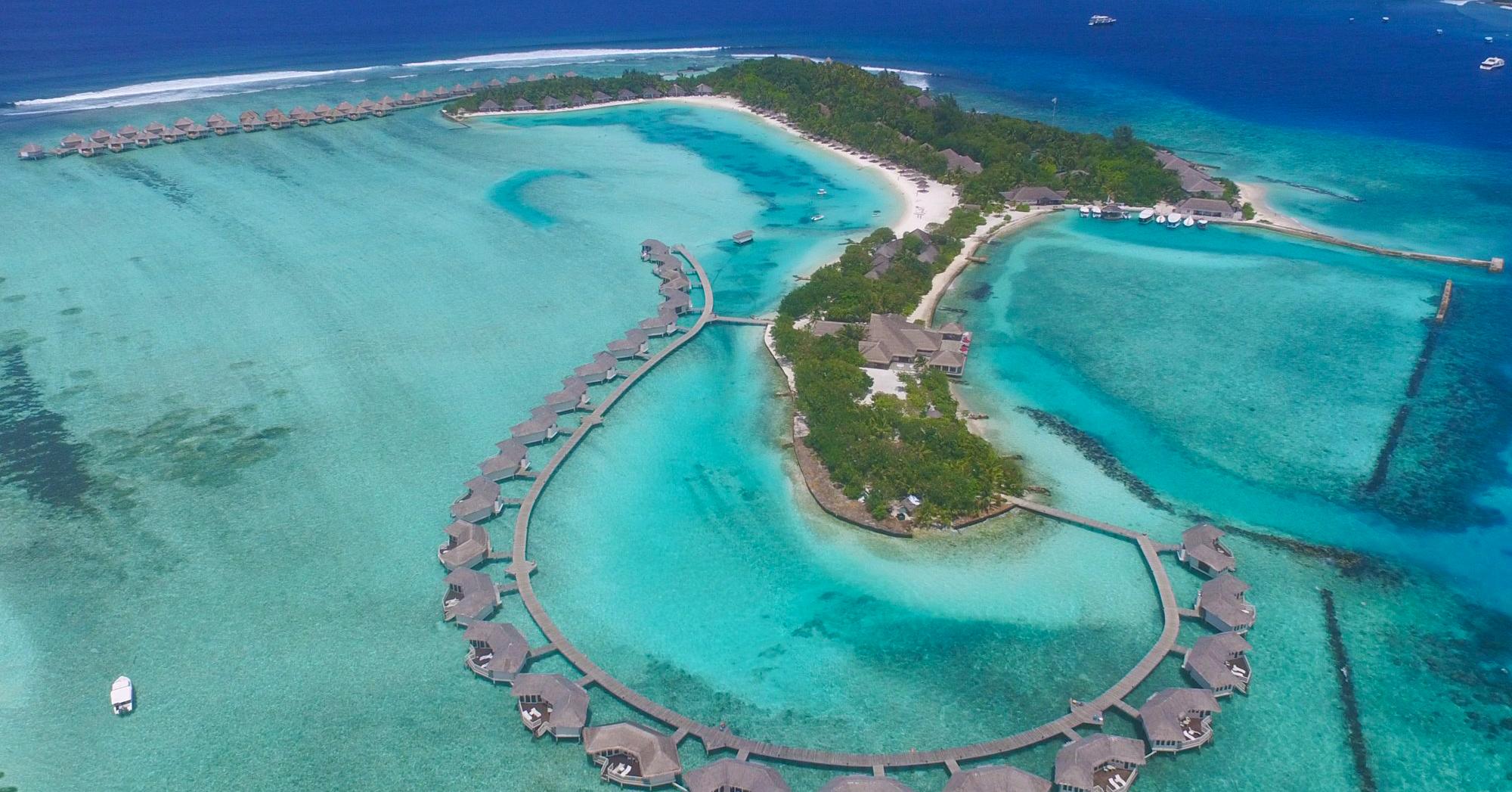 cinnamon dhonveli maldives water bungalows island. Black Bedroom Furniture Sets. Home Design Ideas