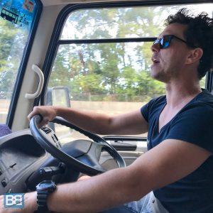 loka travel review bus passes east coast australia backpacker