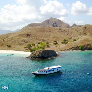 planning a trip to komodo national park how to guide indonesia labuan bajo dragons-5