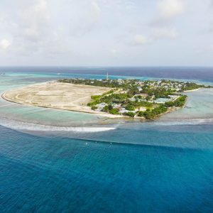 jailbreak surf inn himmafushi review guide surfing maldives jailbreaks sultans honkeys local island-7