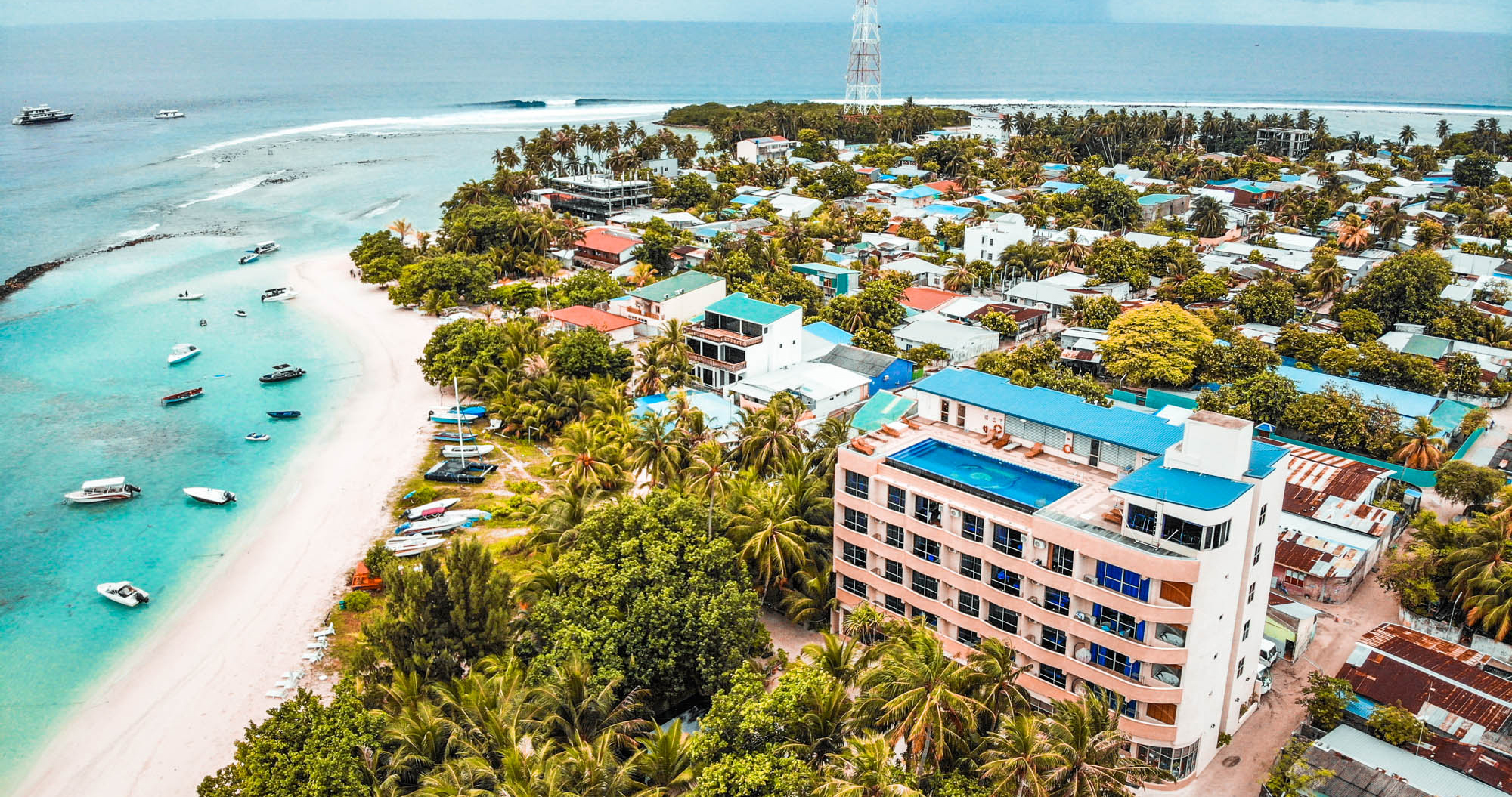 Review Surfing The Maldives At Season Paradise Thulusdhoo