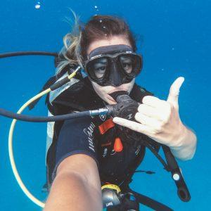 scuba diving gili t blue marlin dive
